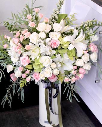 Premium Black Box - Hot Pink Roses