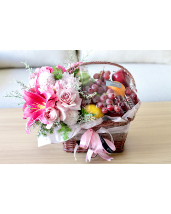 Valentine's Day Baby Roses Vase