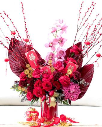White and Soft Purple Vase